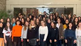 """''Dünyayı Turuncuya Boya'' """"Orange the World'' zirvesine ön hazırlık yapmak için Yaşar Üniversitesinde düzenlenen bir etkinliğine katıldık"""